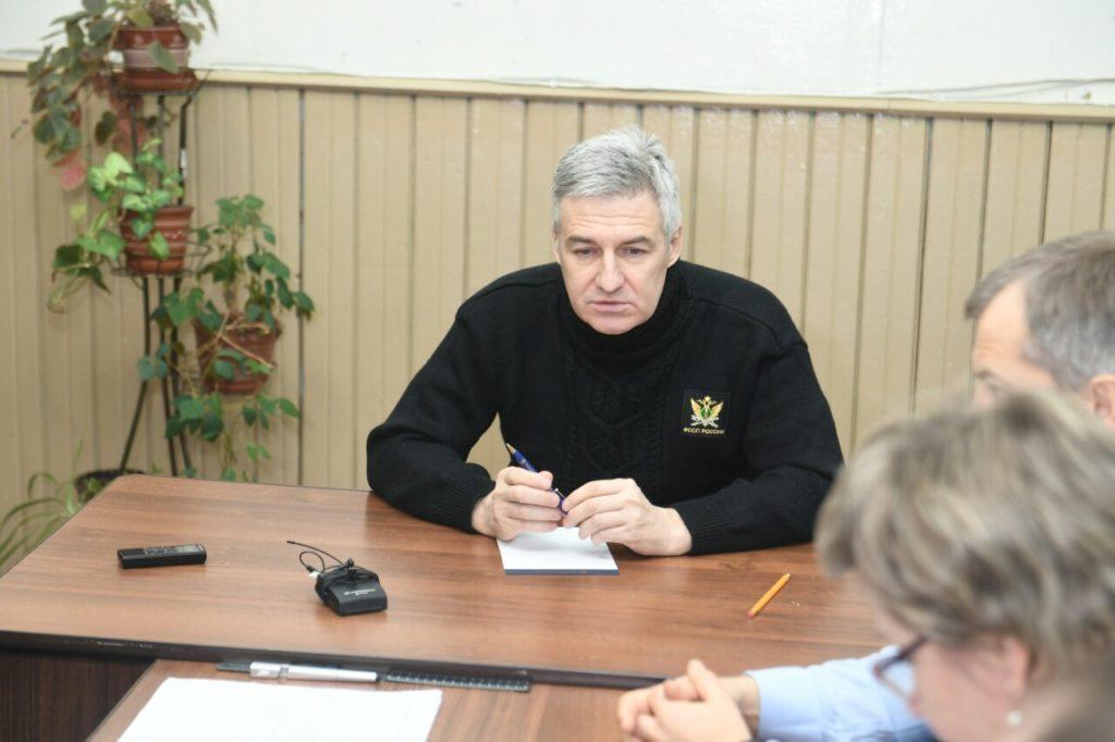 Артур Парфенчиков на выездном совещании в Деревянке