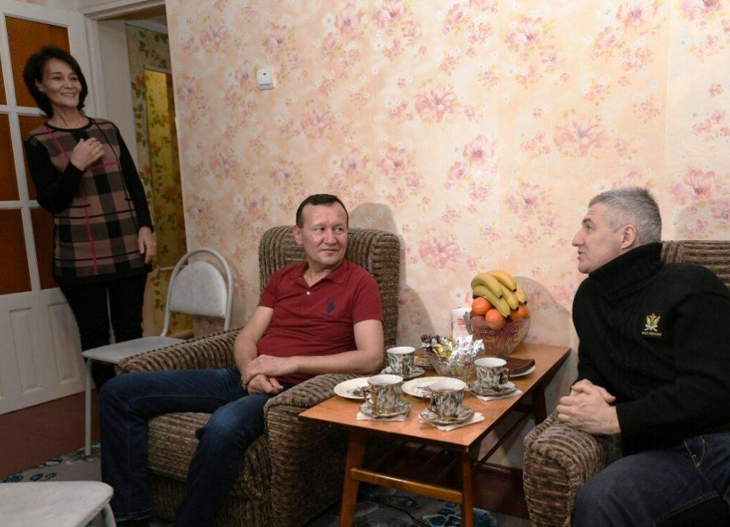 Артур Парфенчиков в гостях у семьи Халиловых