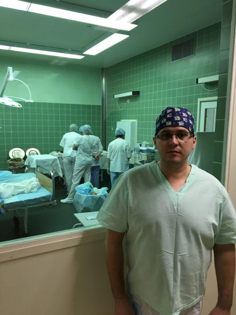 Хирург-онколог Александр Романов